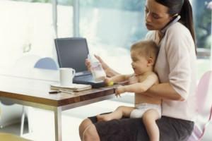 conciliacion-laboral-familiar-medidas-proteccion-empleo-madres-trabajadoras-politica-social-pluriempleo-apoyo-economico-rioja